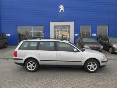 Volkswagen Passat Variant 1,6i