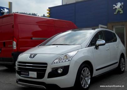 Peugeot 3008 2.0HDi HYbrid4 120kW